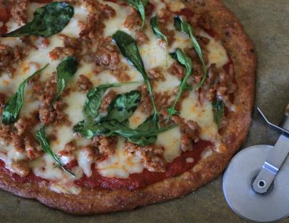 sausage-arugula-pizza